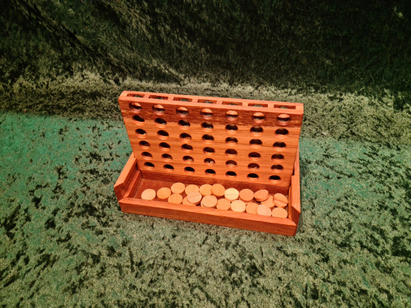 Spiel 4 - gewinnt