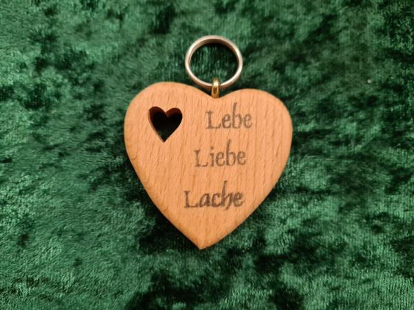 Herz: Lebe Liebe Lache
