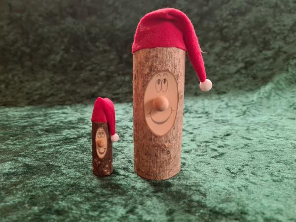 Wichtel mit roter Mütze