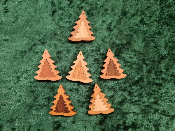 Massivholz - Anhänger - Baum